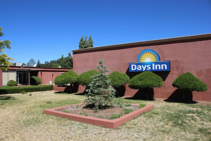 Days Inn West - Route 66