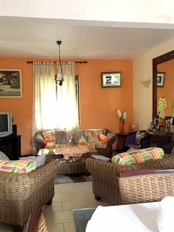 Villa With 4 Bedrooms in Coteau Raffin, With Wonderful sea View, Private Pool, Enclosed Garden - 100 m From the Beach