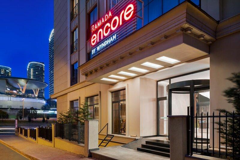 Отель Ramada Encore Basin Express