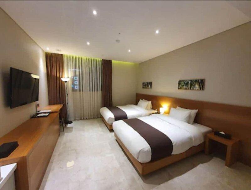 Benikea Yangsan Hotel