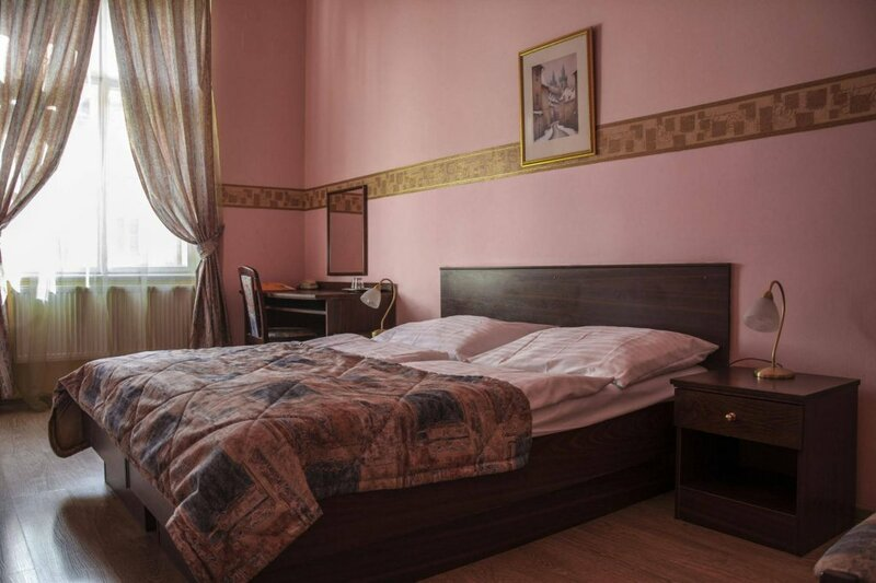 Отель Виктор