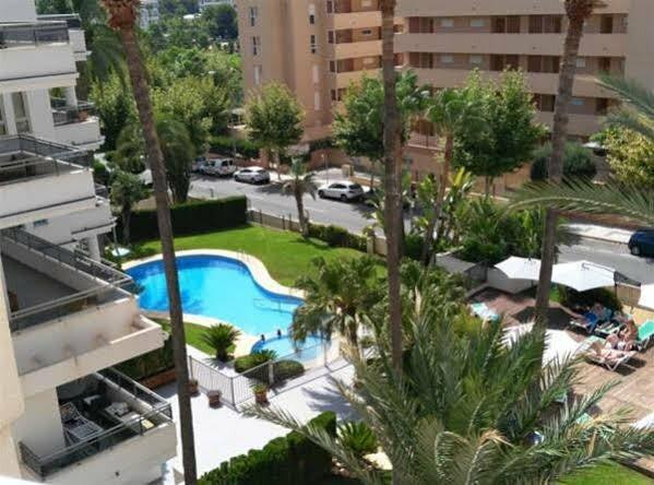 Aparthotel La Colina Beach