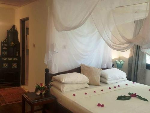 Imani Beach Villa Resort