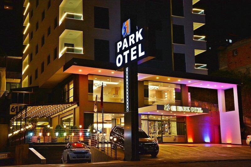 61 Park Otel
