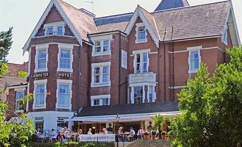 Lampeter Hotel