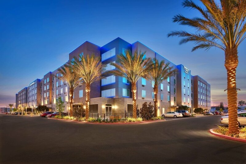 Courtyard by Marriott Los Angeles Lax/Hawthorne