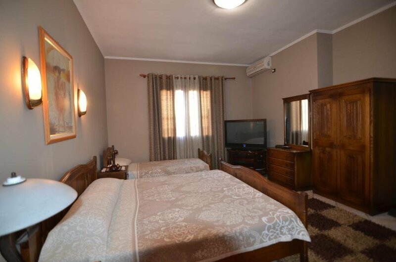 Real Scampis Hotel