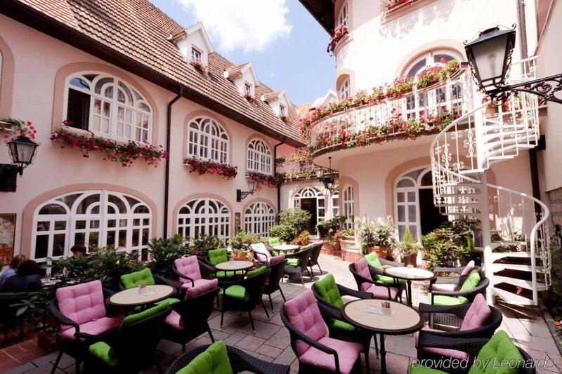 Hotel Livadic