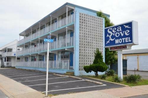 The Sea Cove Motel