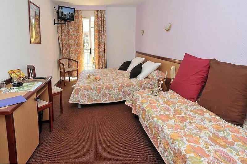 Narev's Hotel