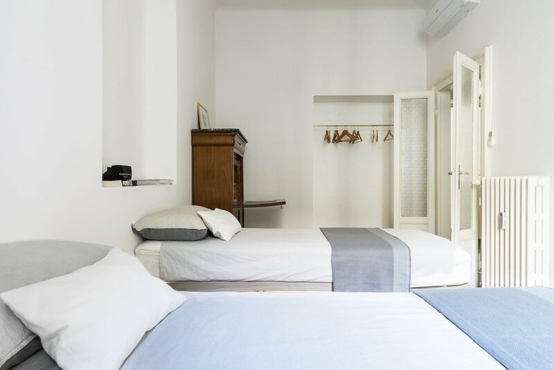 Macchi Master Guest apartment