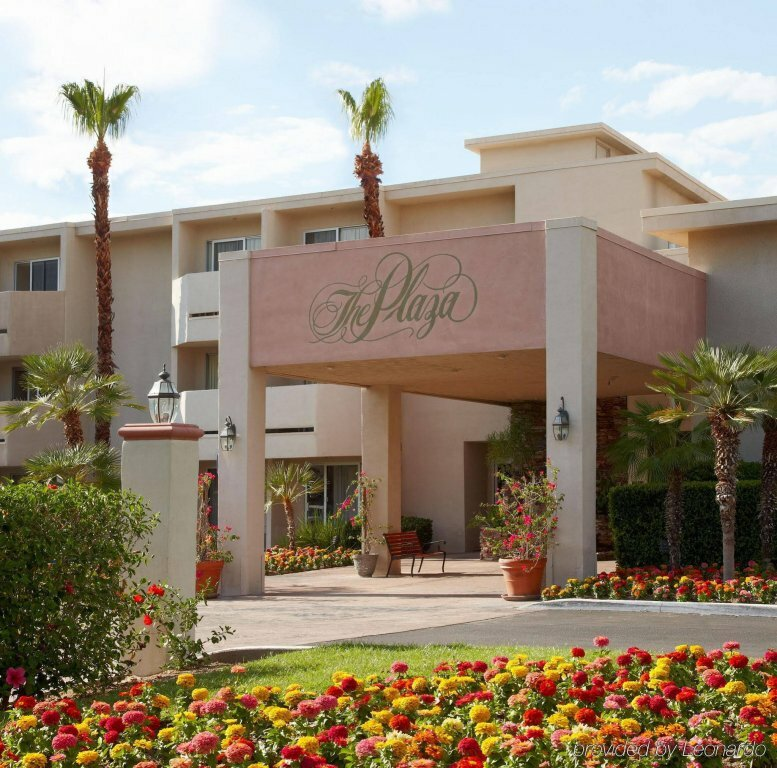 WorldMark Palm Springs - Plaza Resort and SPA