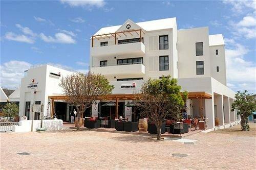 Quarters Hermanus Hotel