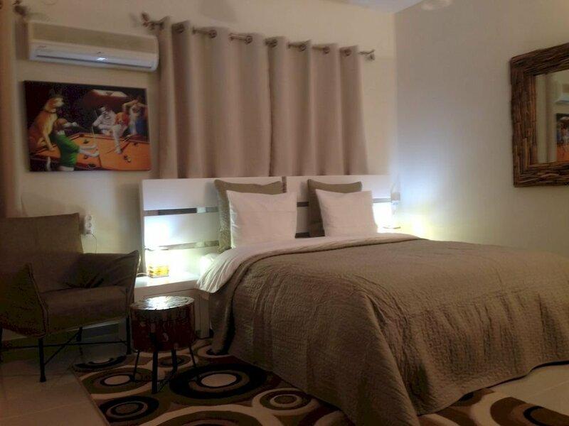 Dato's Beach Studio-Apartments