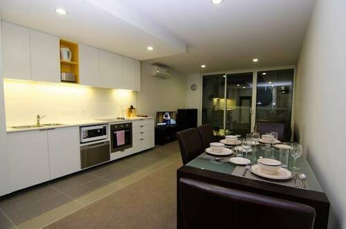Melbourne Docklands Seaview Apartment At Collins St