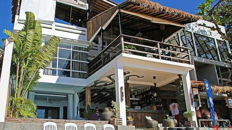 Pukka Beach Hotel