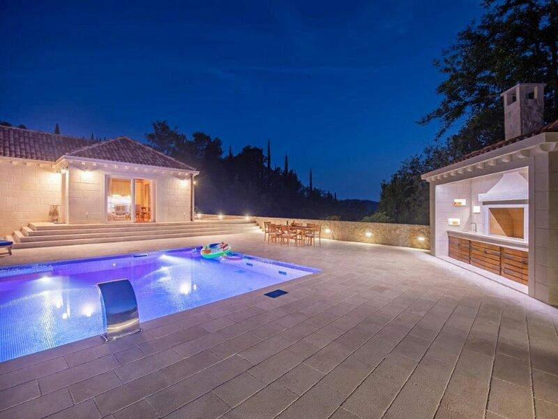 Villa Doline