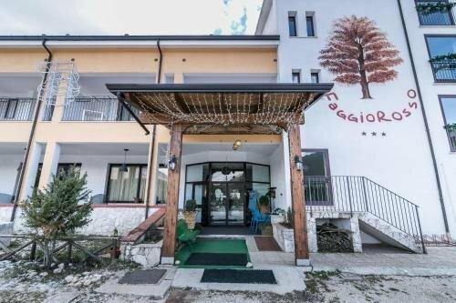 Faggio Rosso Hotel