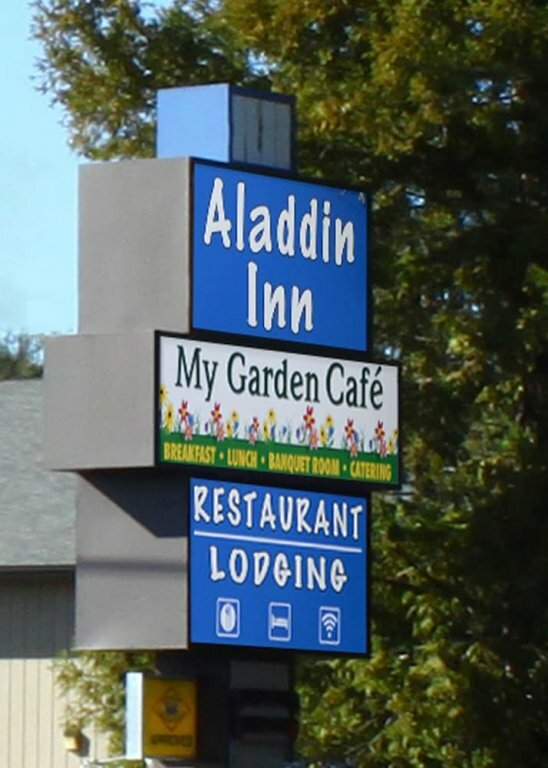 Aladdin Motor Inn
