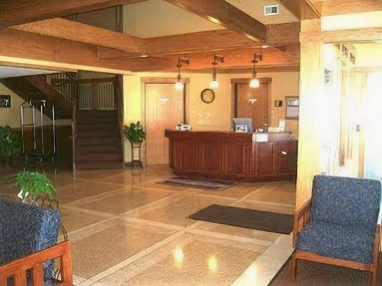 Prairie Inn and Suites