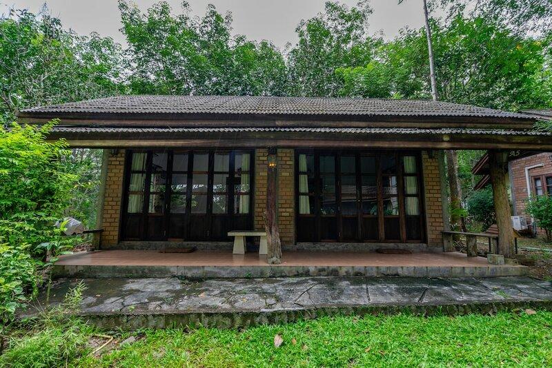 Donsak Orchid Resort