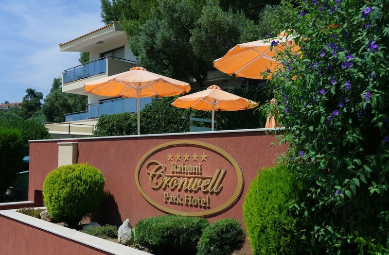 Rahoni Cronwell Park Hotel - Adults Only