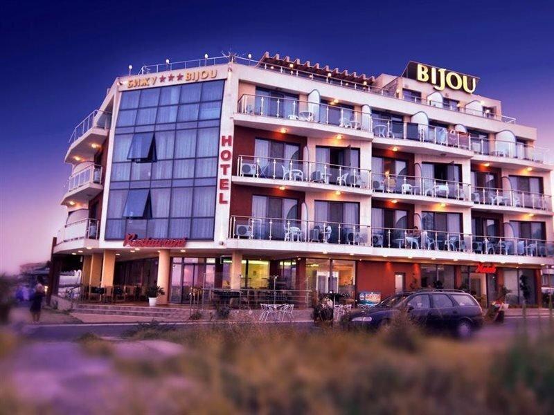 Отель Бижу