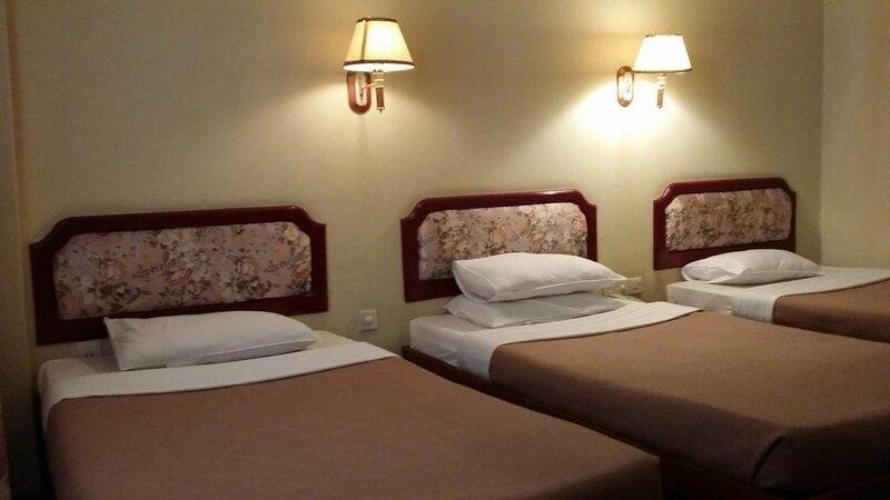 Zegyo Hotel