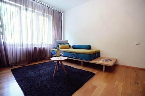 Living In Aparthotel