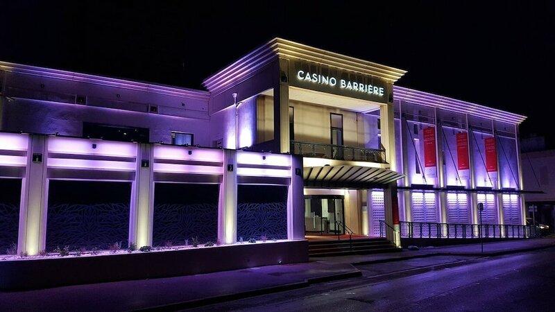 Villa Arena Hotel
