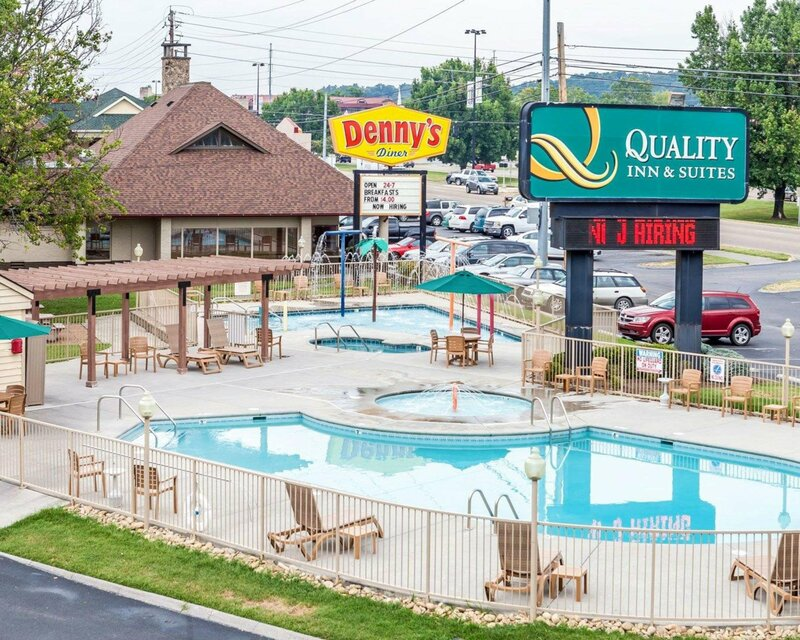 Quality Inn And Suites Dollywood