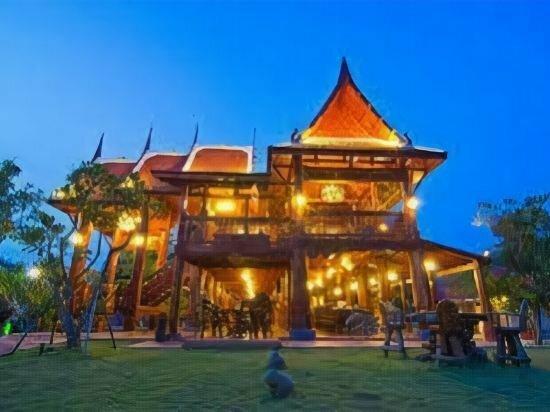 Bueng Bua Thong Resort