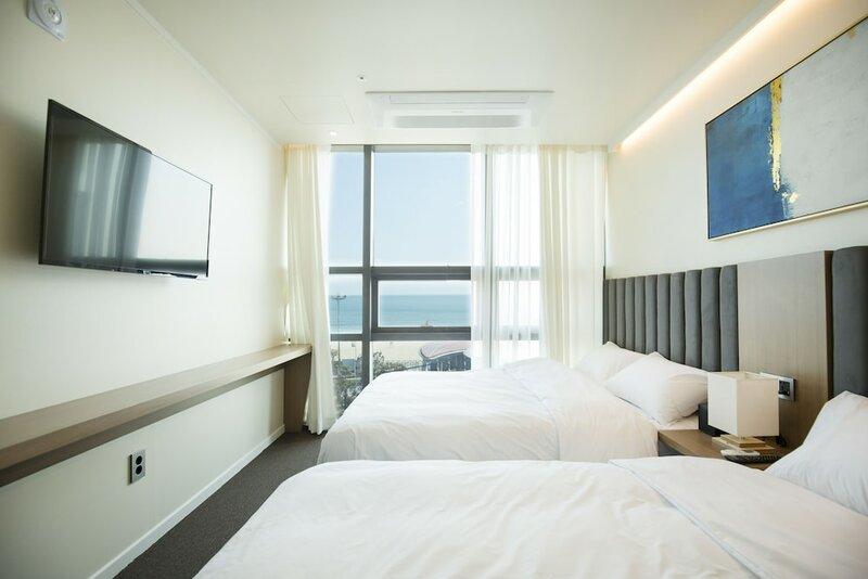 Uh Suite Haeundae Landscape 3rd Floor