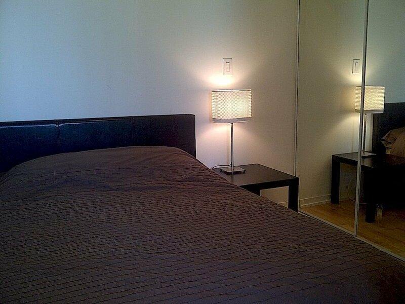 Toronto Suite Rentals - Maple Leaf Sq