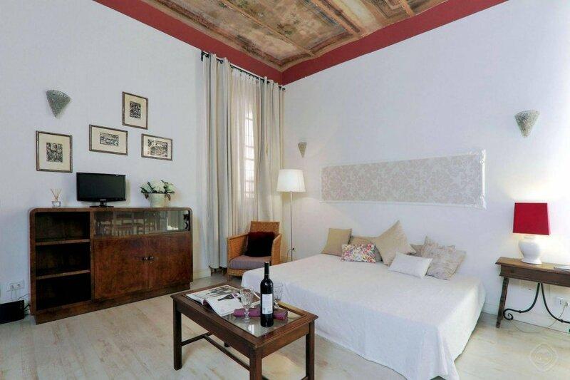 Vaticano apartments-Sistine Chapel area
