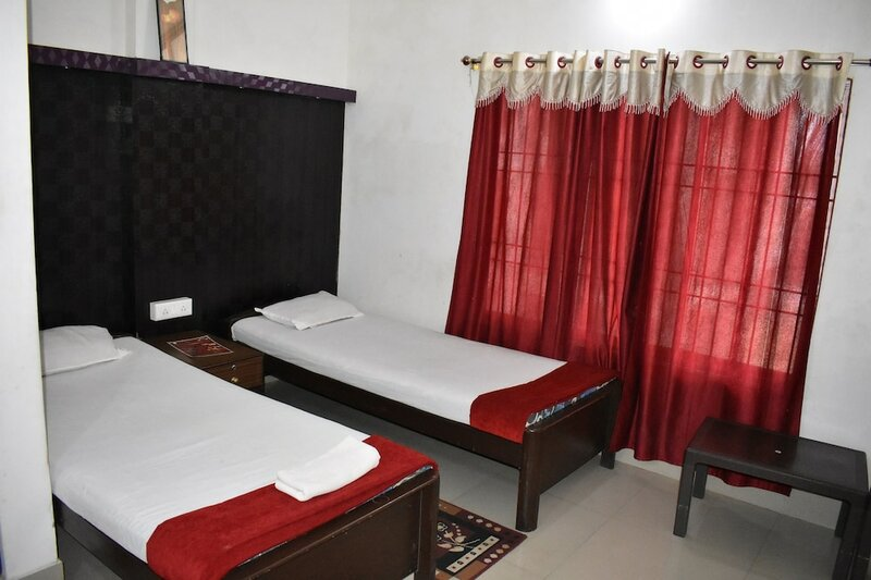 Indira Lodge