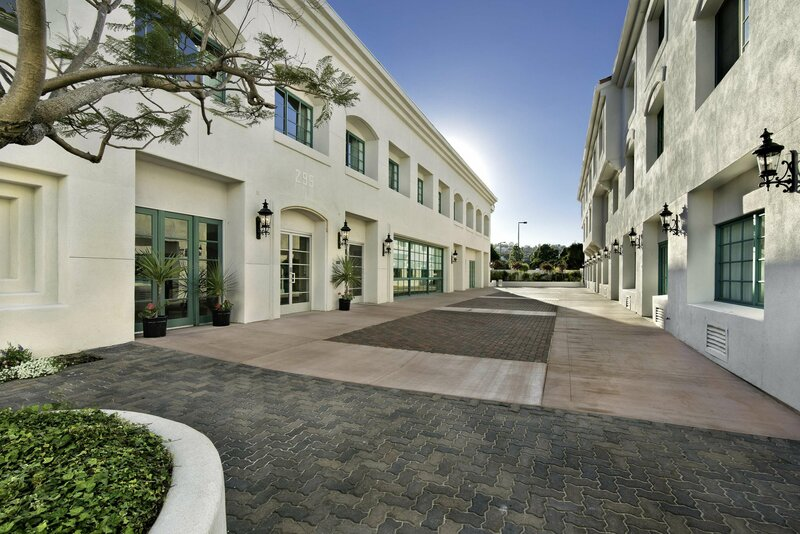 DoubleTree by Hilton San Pedro - Port of Los Angeles