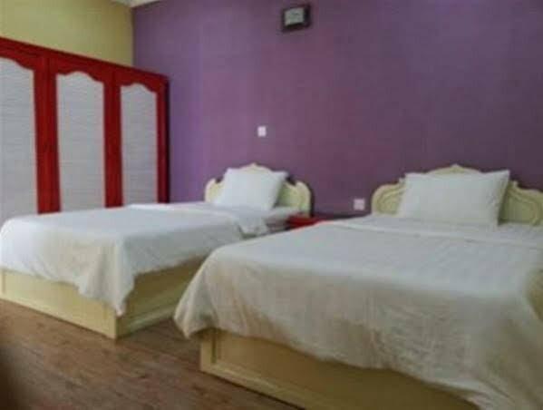 Sarang Guesthouses & SPA