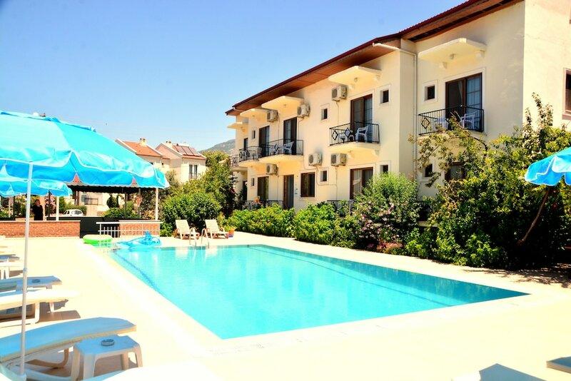 Cennet Hotel