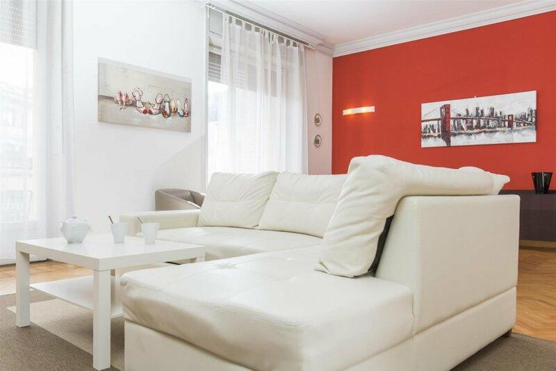 Bandello - 2745 - Milan - Hld 34439