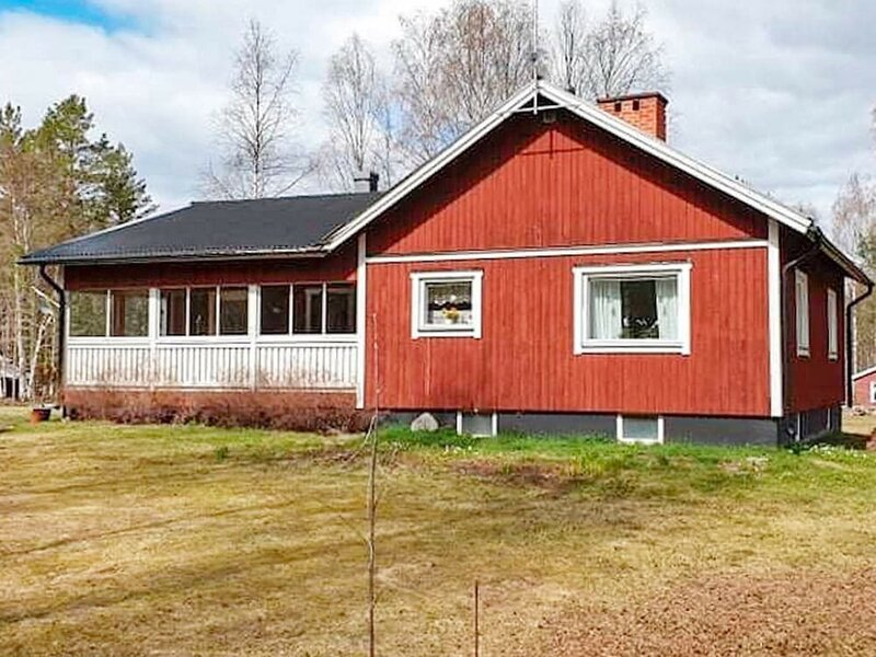 6 Person Holiday Home in Sörsjön