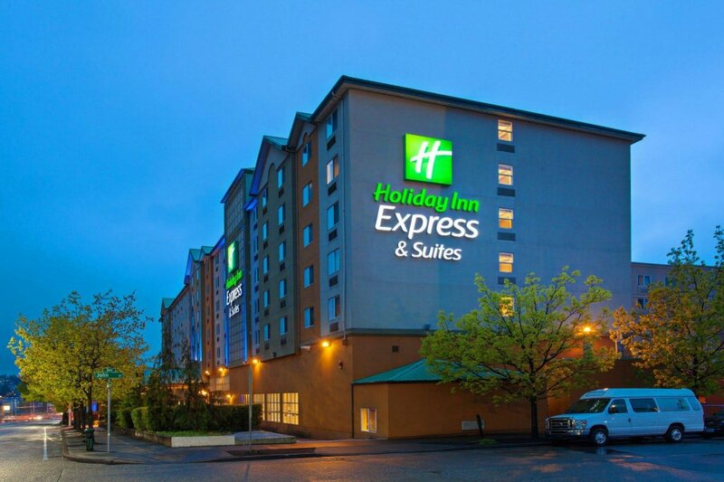 Holiday Inn Express and Suites Seattle City Center