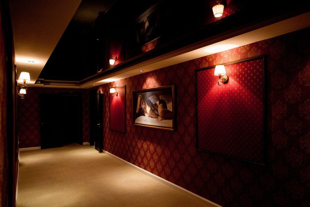 Клубы для мужчин салон ночные клубы теплый стан москва
