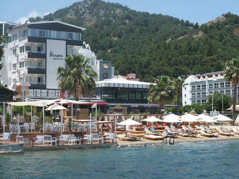 Heaven Beach Otel