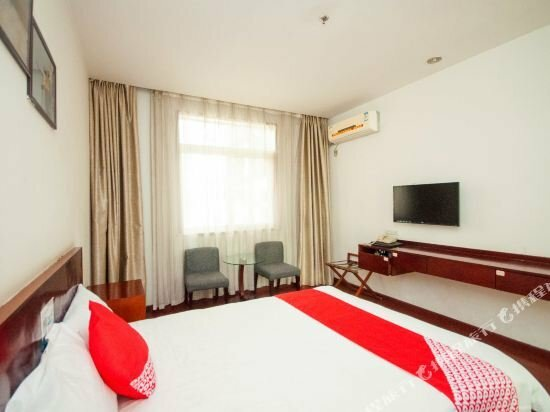 Dongxiang Business Hotel