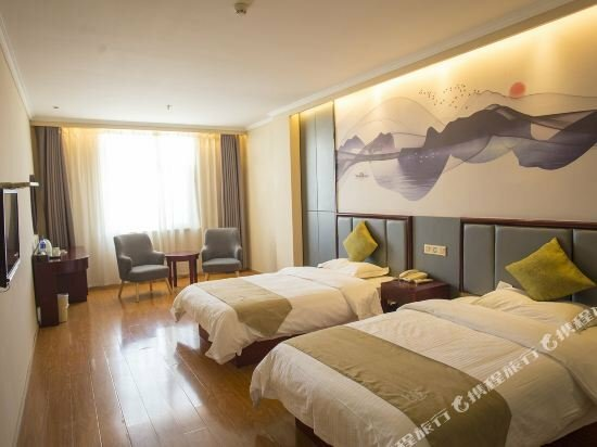 GreenTree Inn Anhui Fuyang Funan East Huaihe Road Express Hotel