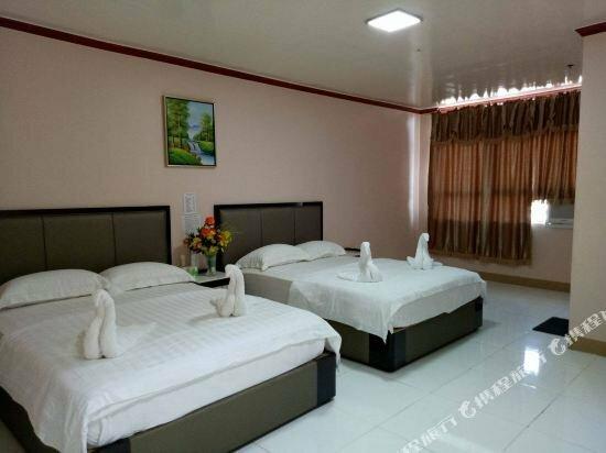 Meaco Royal Hotel - Taytay