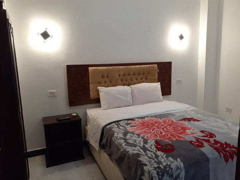 Sydna All Hussain Hotel