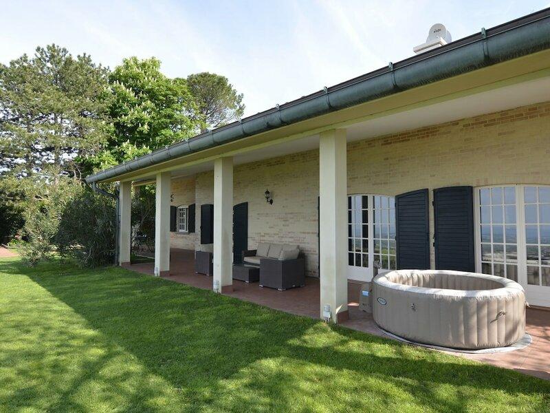 Spacious Villa in Gemmano With Garden