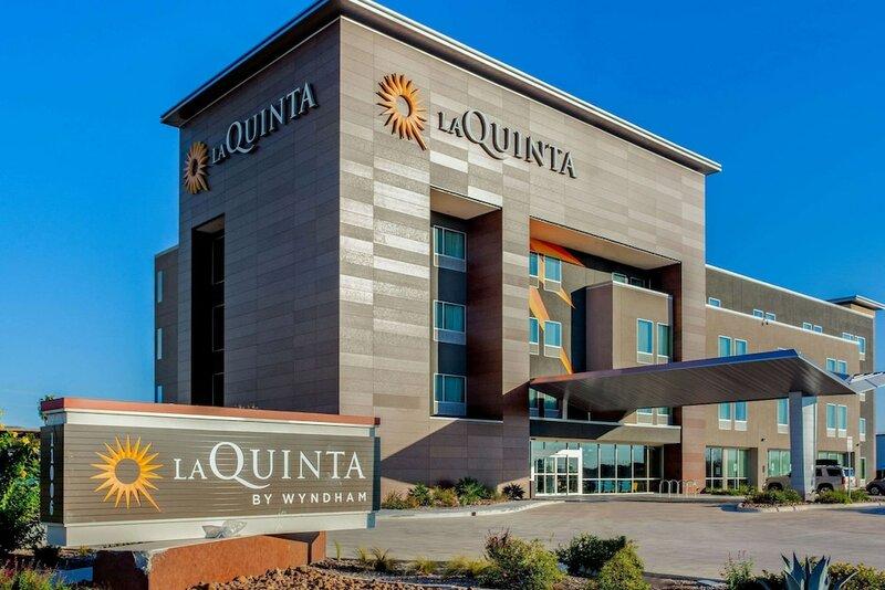 La Quinta by Wyndham San Antonio Alamo City